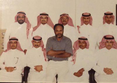 صورة جماعية بصحبة الدكتور الفاضل خالد حجر